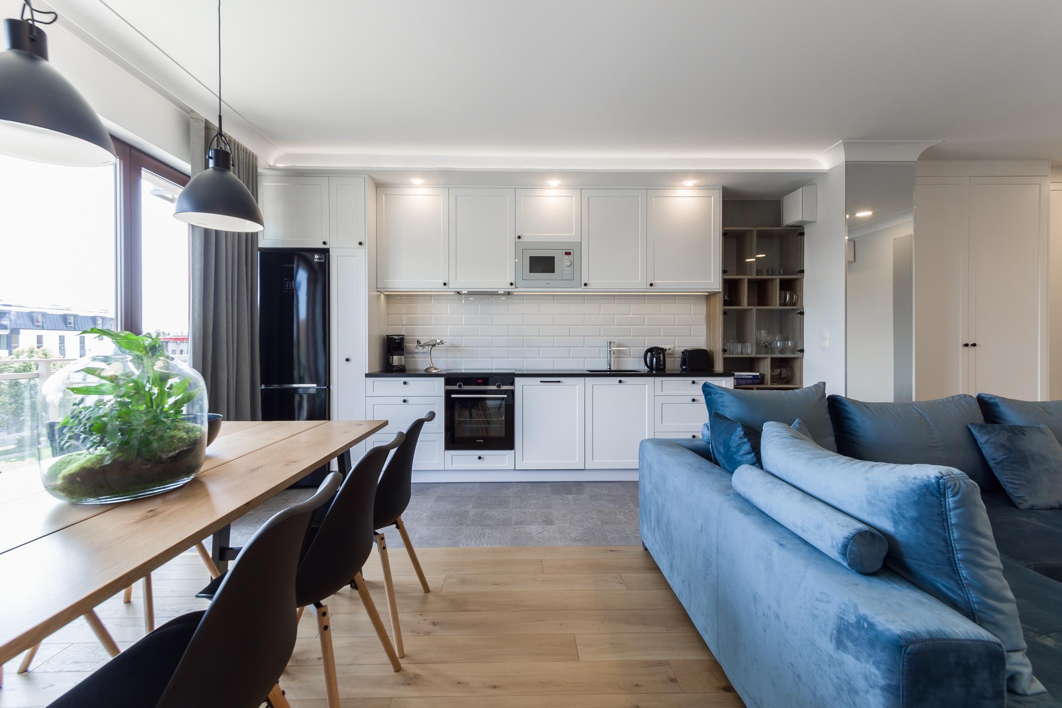 Mieszkanie Chmielna Street